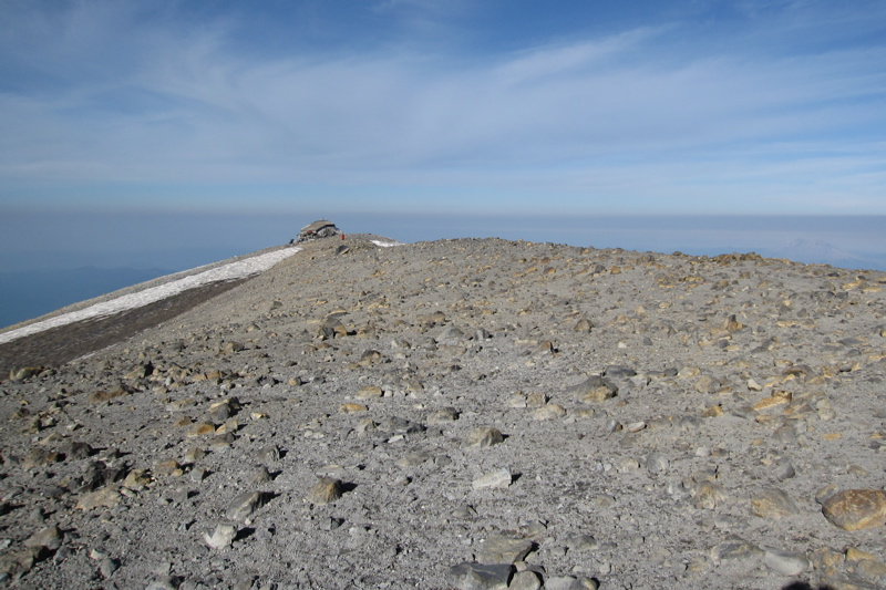 Mount Adams Summit View (West)